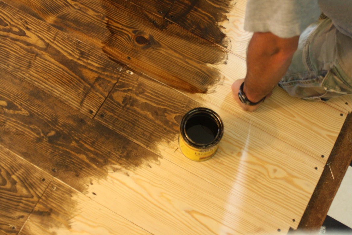 Make your own flooring with 1x6 pine Cheap wood paint