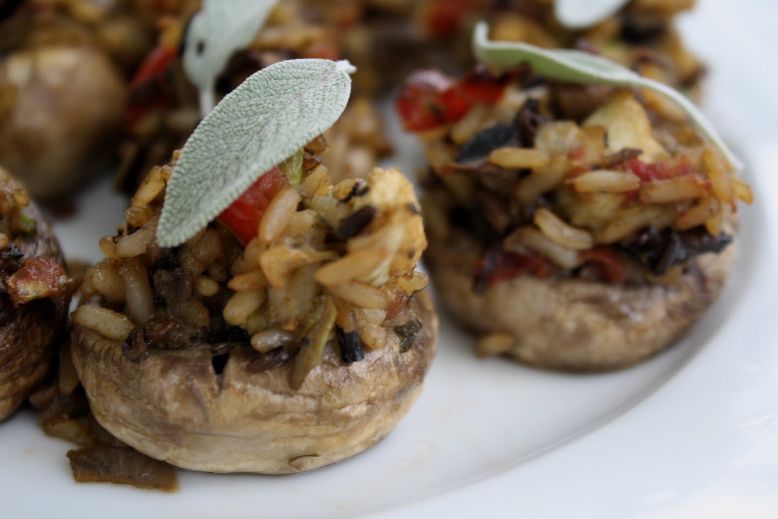 the veganette: Mushrooms stuffed with Wild Rice, Shallots, Tomatoes ...