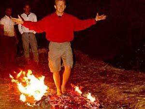 Penjelasan Ilmiah: Rahasia Berjalan di Atas Api