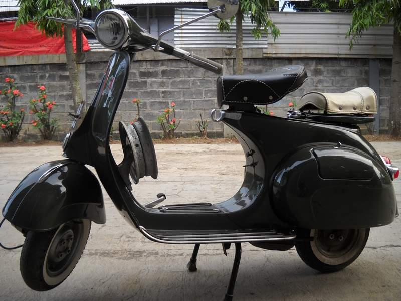 Motor Vespa Antik