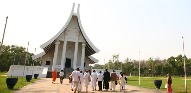 Hotel 2 Thailand:  / Dhammakaya Cetiya - The ...