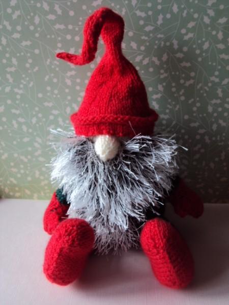 Gnome Knitting Pattern : All Kinds of Wonderful: November 2010