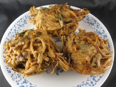 My Asian Kitchen: Cucur Udang ( Taro Shrimp Fritters)