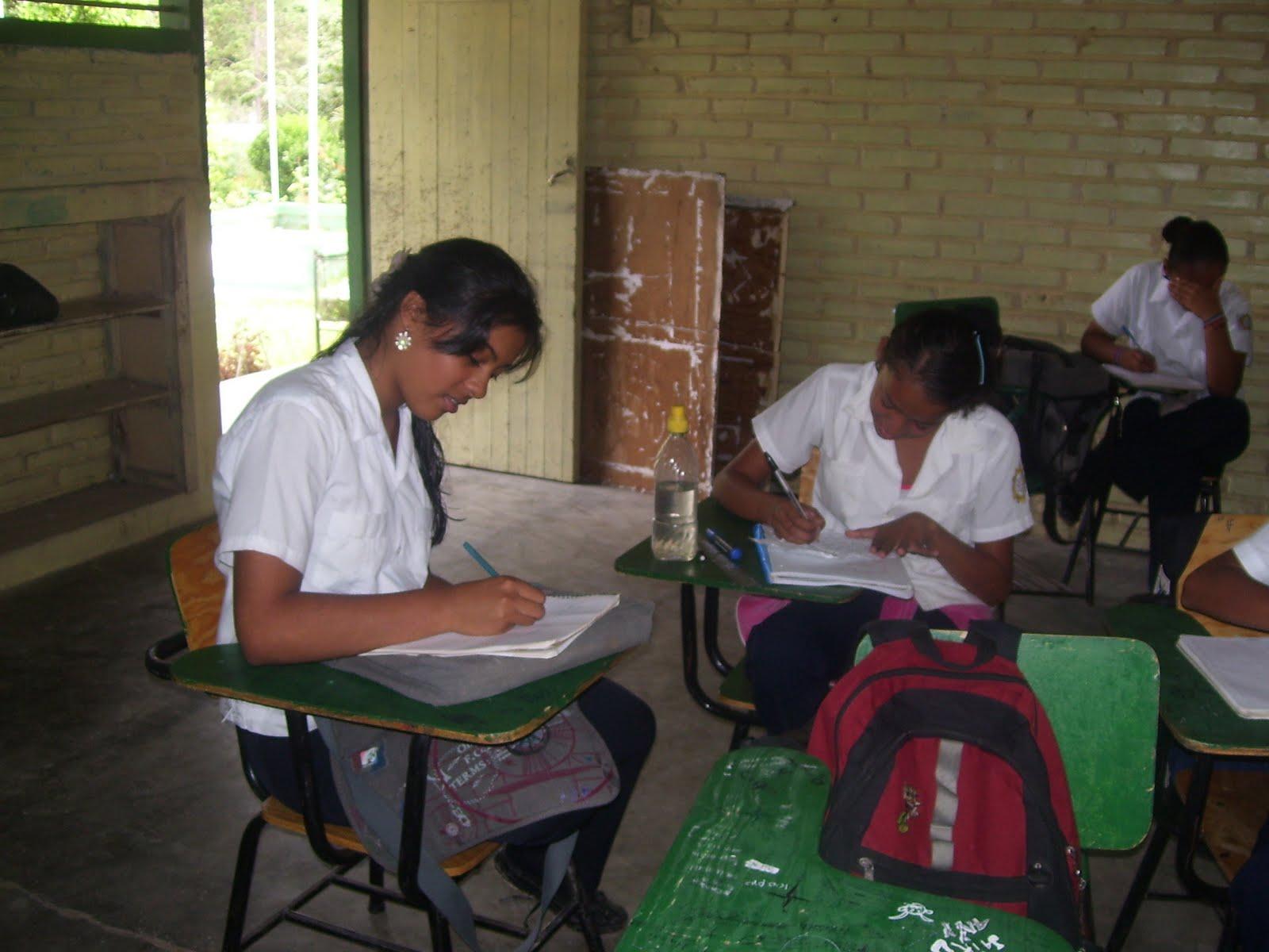 La educacion depende de la buena comunicacion entre los educandos y el ...