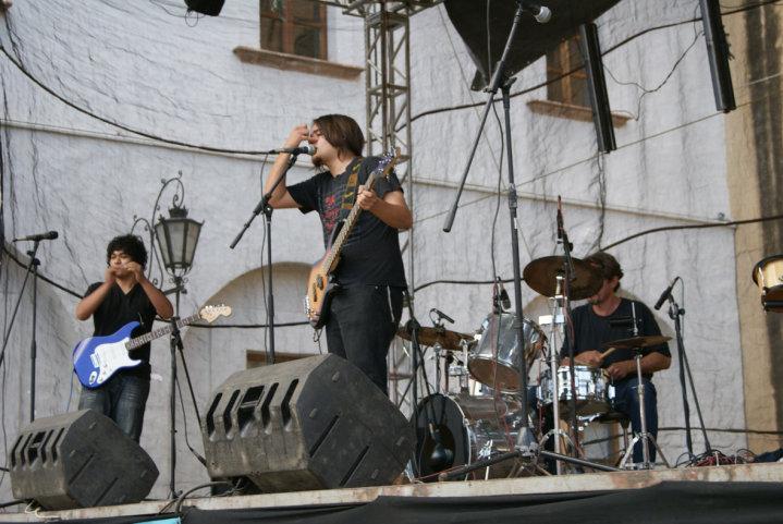 M Band, la banda anfitriona.