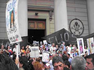 """Intervencion Urbana """"Un año sin ellos"""""""