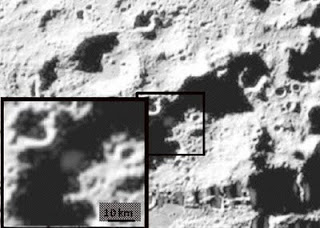 تفجير على سطح للقمر بحثا عن المياه