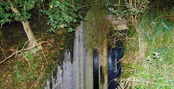Bunkers - H.B