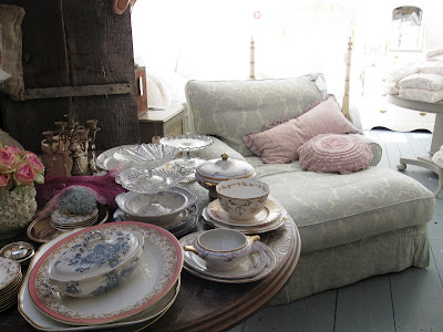 Shabby chic couture furniture Dining As Promised Wanted To Show You The Beauty That Found Inside Rachael Ashwells New London Shop This Wonderful And As She Called It Mushsy Chair Pinterest One Shabby Old House Rachael Ashwells Shabby Chic Coutureand