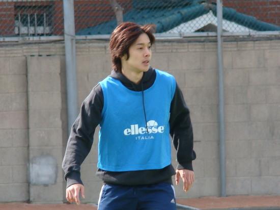 [kim+hyun+joong+soccer+4.jpg]
