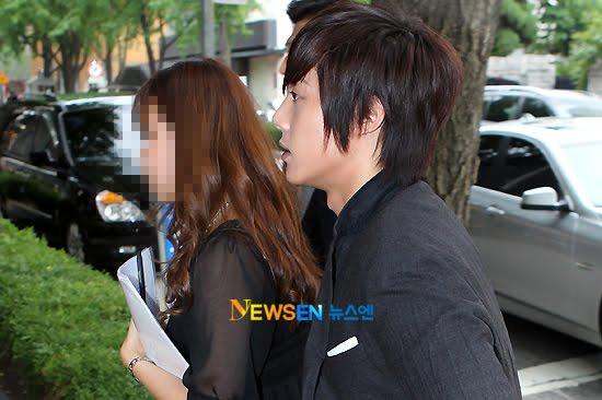 http://4.bp.blogspot.com/_vu9uqzISxb0/TEWQ9QWHtZI/AAAAAAAAMEo/EosP9qXqRE0/s1600/kim+hyun+joong+ss501.jpg