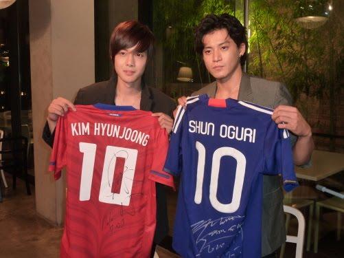 http://4.bp.blogspot.com/_vu9uqzISxb0/TEZMaIYvVKI/AAAAAAAAMFI/FThmcQeEbVE/s1600/kim+hyun+joong+with+oguri+shun.jpg