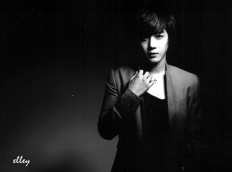 http://4.bp.blogspot.com/_vu9uqzISxb0/TG6o2xYQhDI/AAAAAAAANJc/8lAsPROOqPw/s1600/kim+hyun+joong+3.jpg