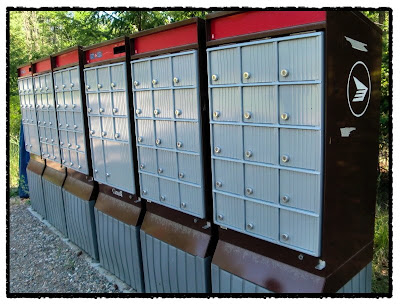 Please, Mr. Postman | uNdNochNblog