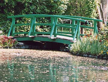 Bridge at Monet's famous garden at Giverny