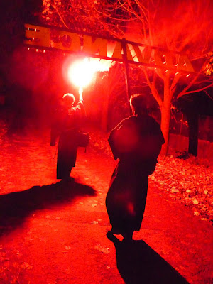Southover Bonfire Society 2009 march, entering the fire site in Lewes, image by Oliver Gozzard