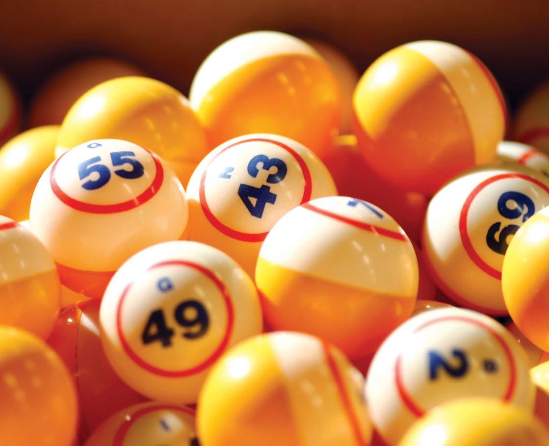 http://4.bp.blogspot.com/_vv2IGE5obwk/TOlld_1VCFI/AAAAAAAAGqk/ihK-fkSfbF0/s1600/BingoBalls.jpg