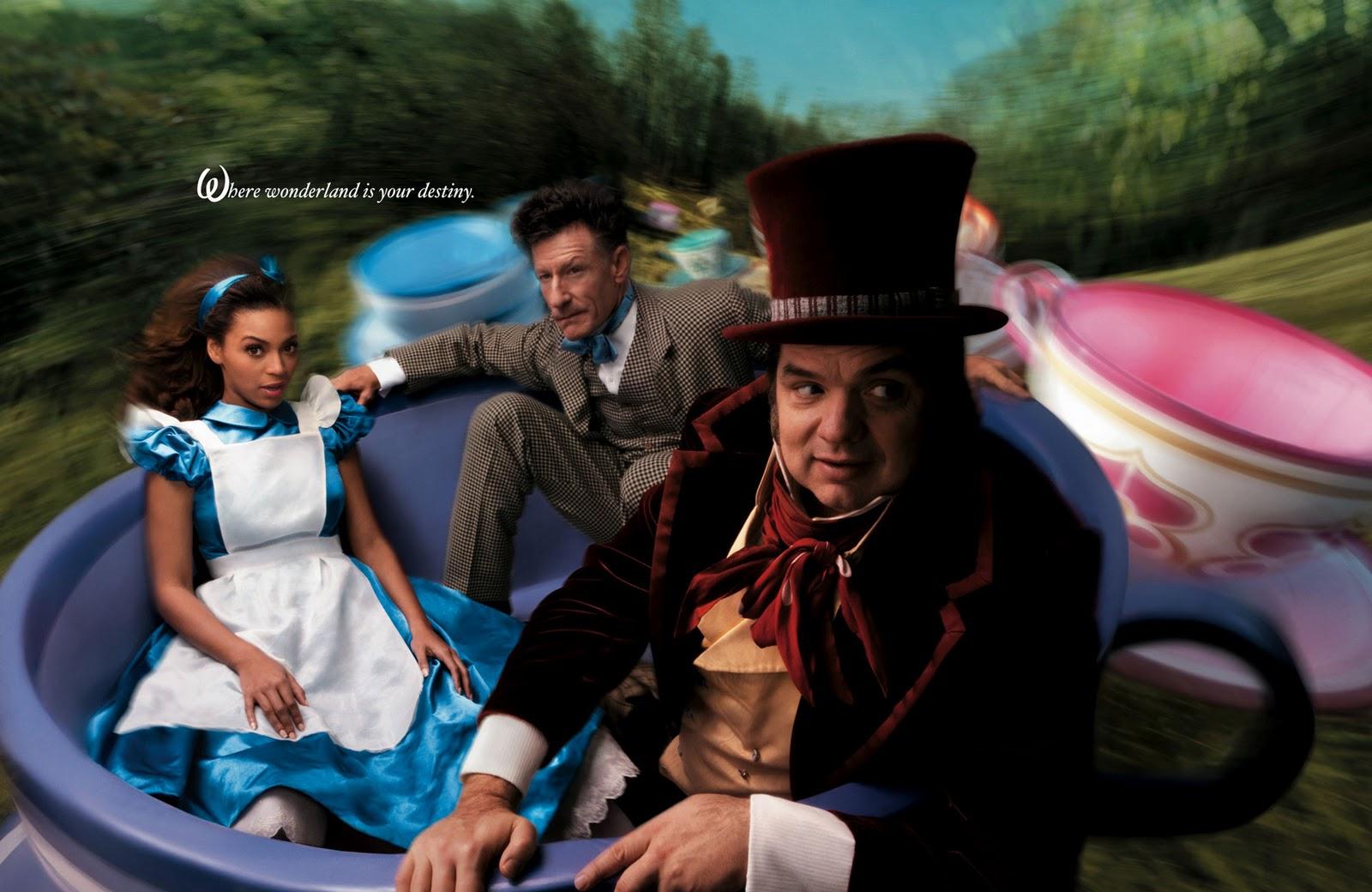 http://4.bp.blogspot.com/_vvDWoG_XX-0/TQn1n5m4v4I/AAAAAAAABF0/j9zk_DZvOlQ/s1600/Alice-In-Wonderland-annie-leibovitz-144319_1920_1248.jpg