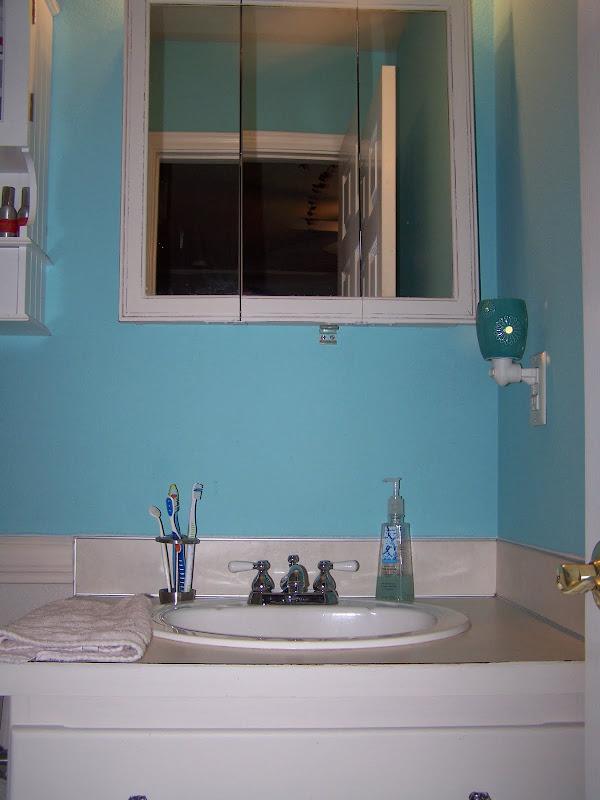American Honey Home: Beautiful new bathroom title=