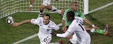 Landon Donovan and team USA advance in 2010 World Cup in dramatic style