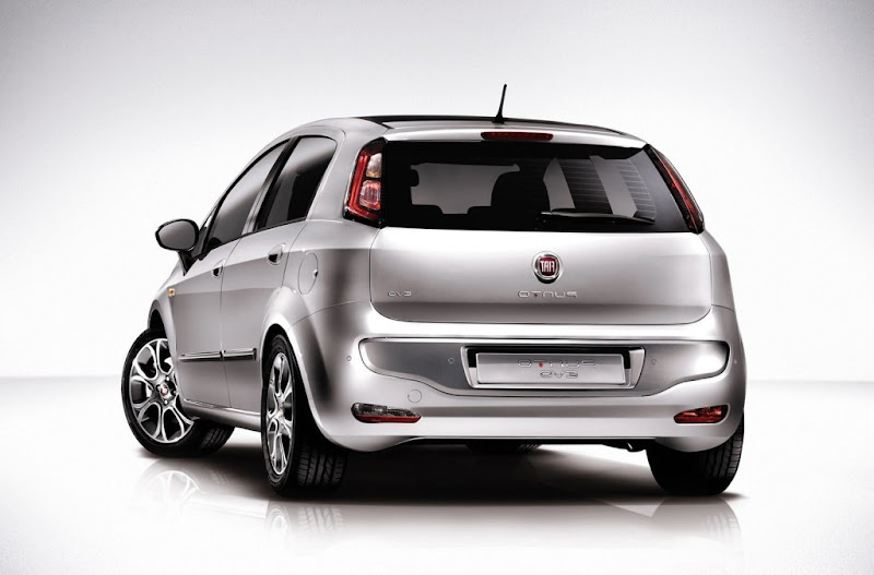 2011 Fiat Punto Evo Stills, Photos