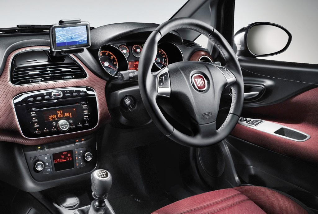 2011 Fiat Punto Evo Specifications, Reviews and Features | Tech World