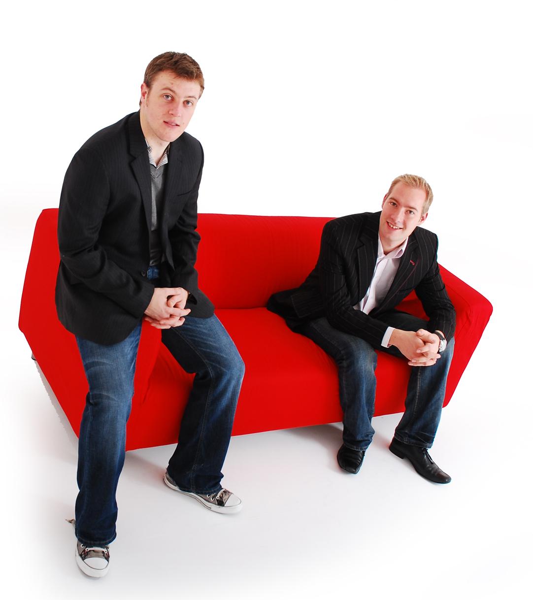 http://4.bp.blogspot.com/_vxRM7z378Jk/TUneEKmykXI/AAAAAAAAoJo/lo9Sbjh65PU/s1600/Business+Booster+matt-and-ben-image.jpg