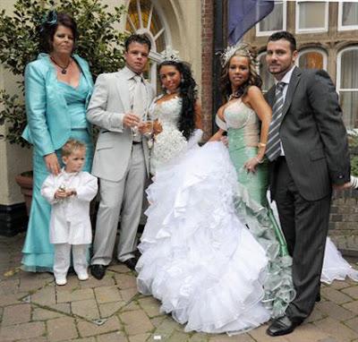 Fashion Websites  Year  Girls on Mahalo Fashion  16 Year Old S   16 000 Wedding Dress