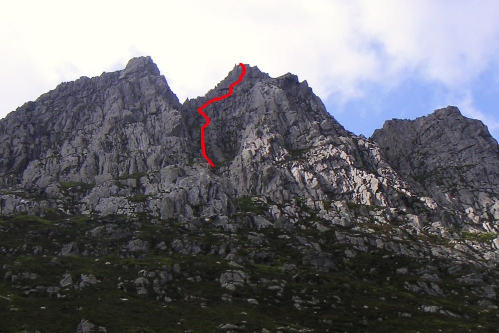 andy mountains  soloing on the east face of tryfan  u0026 tryfan fach