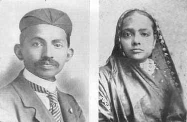 Mahatma Gandhi with wife Kasturbhai