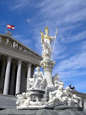 Austria parliament, Athena statue