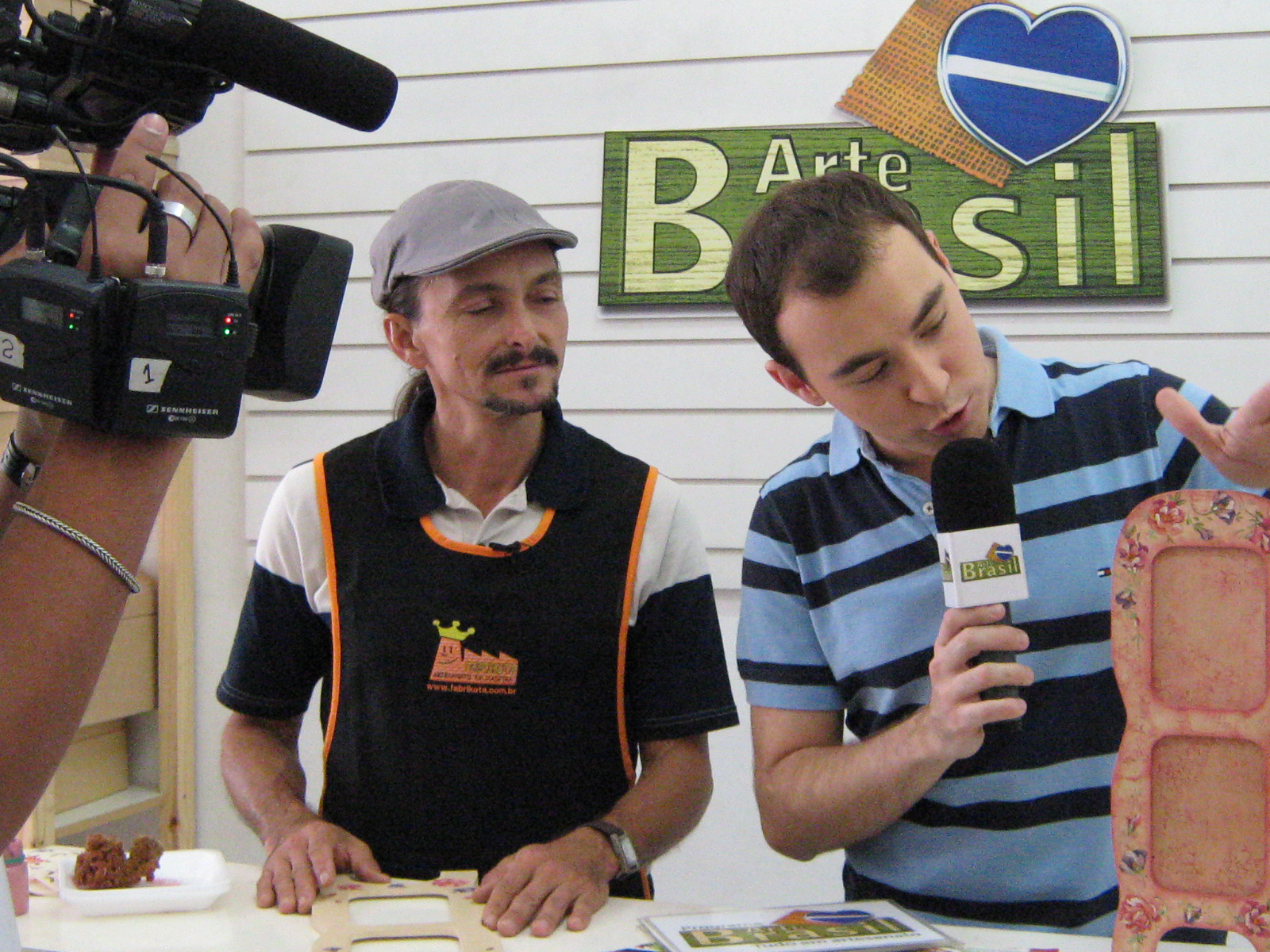 Grava    O Do Programa Arte Brasil Que Vai Ao Ar No Dia 19 04 2010
