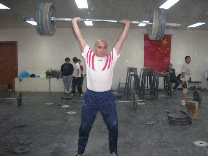 Ivan Lifting in China - 2006