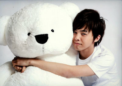 WHICH KPOP IDOL IS  CUTER?????? G-Dragon-TeddyBear