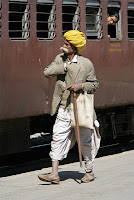 http://4.bp.blogspot.com/_w0mocSfnAPQ/TMqinslP2vI/AAAAAAAAGdk/jE0yZKVZkg8/s1600/india_layout_07_rail_02%5B1%5D.jpg