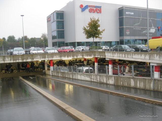 Sammelsurium j ger und sammler 2 0 flohmarkt shopping for Flohmarkt a2 center