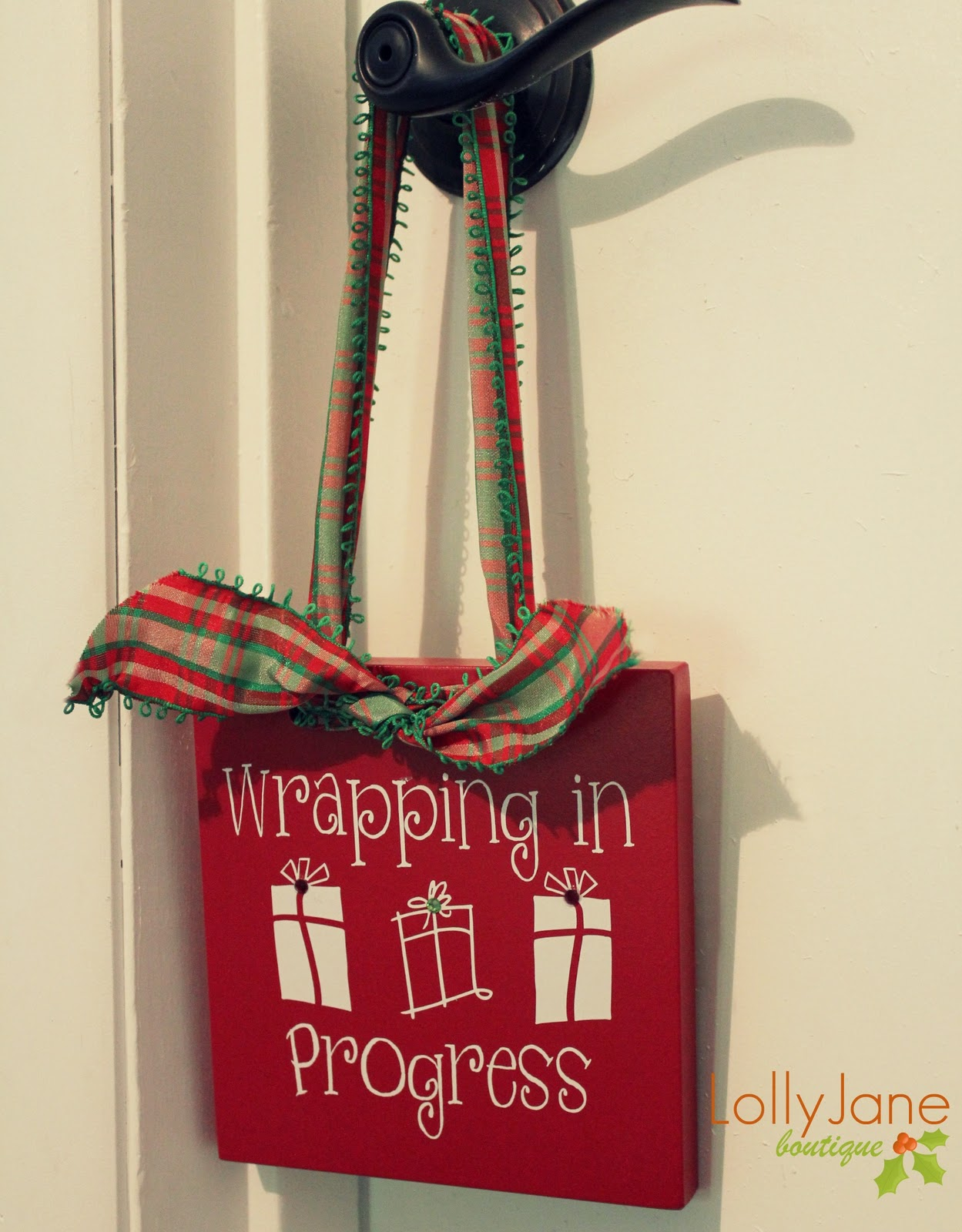 Christmas door hanger - Lolly Jane