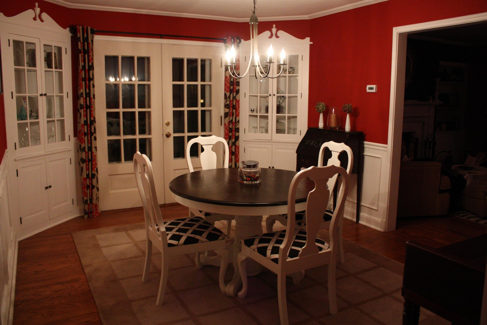 Kitchen Table Refinishing Russet Street Reno November 2010