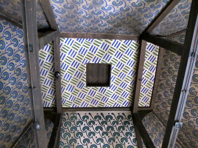 William Morris Fan Club: Red House Ceilings