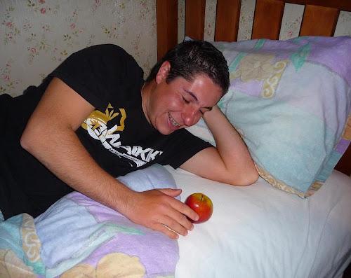 Ricardo hablando con Apple