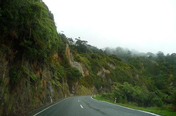 La carretera viajando por el sur