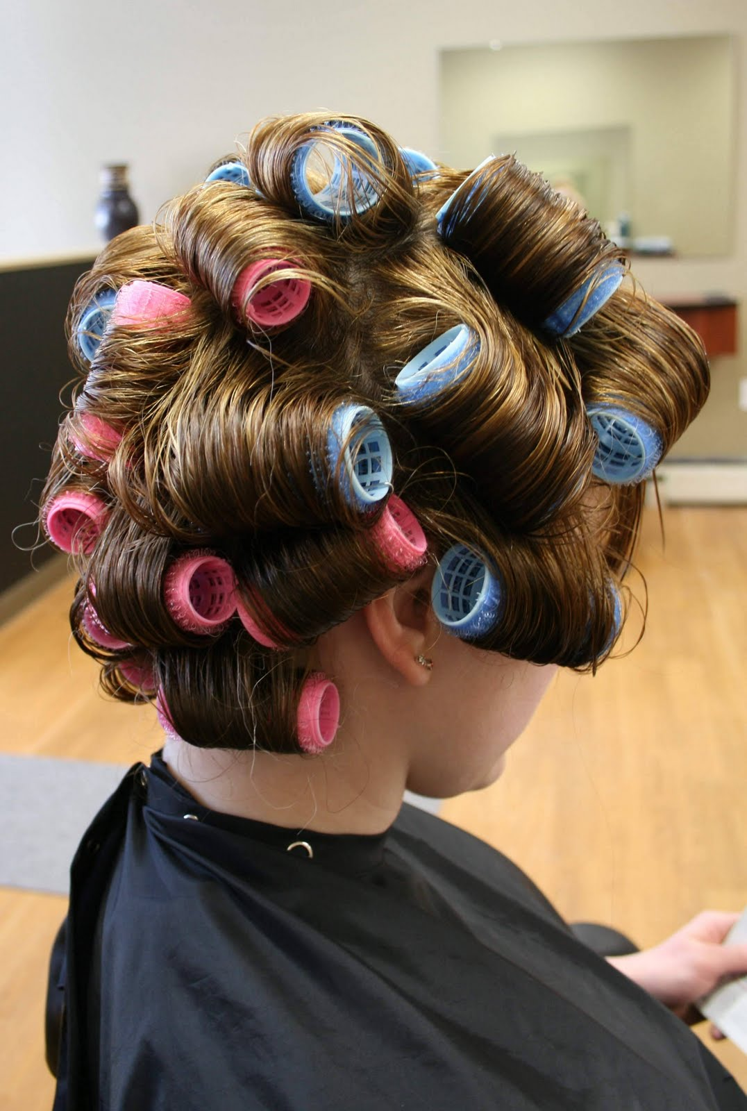 Here is what your hair should look like with the hot rollers in it
