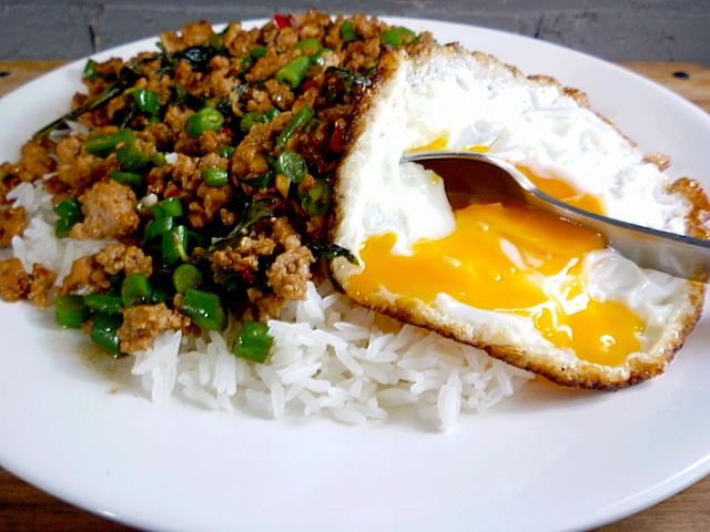 3 Hungry Tummies Phat Horapha Gai Sab Stir Fried