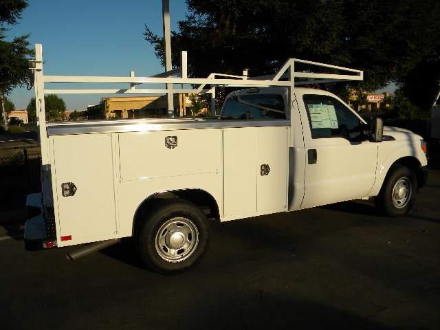 Geweke Commercial Truck Fleet Sales  Just Arrived  2011 Ford Gas
