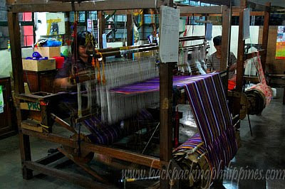 traditional weaving machine