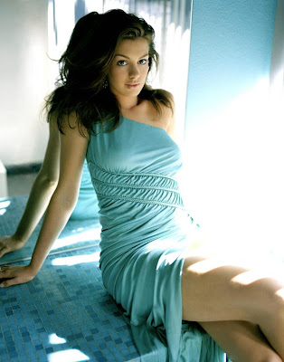 Latest Actress Hot Photos: Anna Hathaway Latest Hot Photos