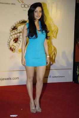 Riya Sen Promotes Agni Jewels