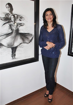 Sushmita Sen Launches Charcoal Exhibition by Gautam Patole