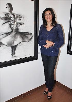 Sushmita Sen Launches Charcoal Exhibition by Gautam Patole