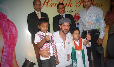 Hrithik Roshan at the launch of Save a Heart Campaign by SevenHills